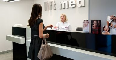 Klinika Lift Med, Rejestracja